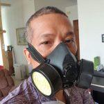 Người tphcm ở chung cư mua mặt nạ phòng độc nhưng hy vọng không cần dùng
