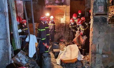 Vụ cháy tại nhà ở kết hợp kinh doanh ở số 47/58/2 đường Lạc Long Quân (phường 1, quận 11) vào lúc 17h05 phút ngày 7/5/2021 làm 8 người chết.